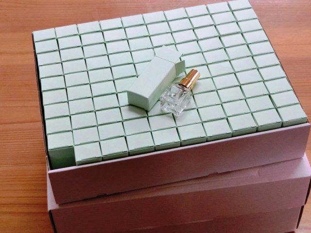 4mL Cubeの空ボトル