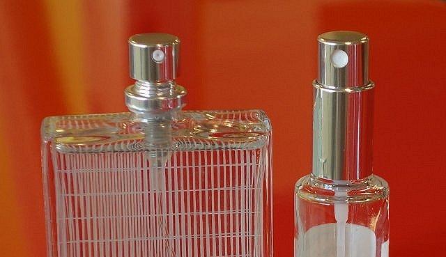 リフィル香水ボトル